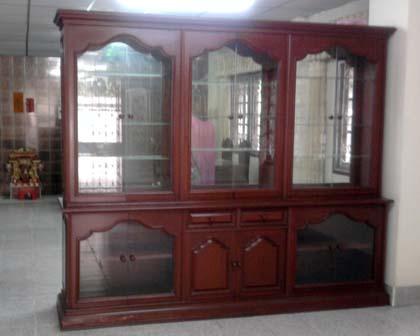ตู้โชว์ มือสองยังใหม่ขายถูก 5,000 บาท